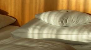 Achtung bei Silberfäden in der Bettwäsche